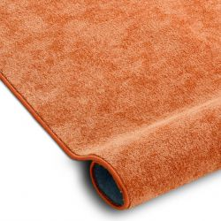 Fitted carpet SERENADE 313 orange